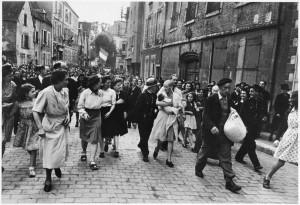 ロバート・キャパ《フランス》1944年 © Robert Capa / International Center of Photography / Magnum Photos