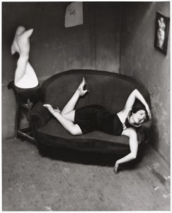 アンドレ・ケルテス《マグダ、パリ》1926年 ⒸEstate of André Kertész, New York, 2015