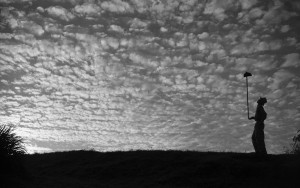 大原治雄《朝の雲、1952年、テラ・ボア》