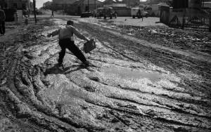 泥:ブラジル通り、パラナ州ロンドリーナ、1950年 ⒸHaruo Ohara/Instituto Moreira Salles Collection