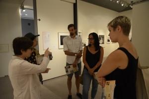 左からKMoPA小川事務長、アーティスト・イン・レジデンス『AIRY」代表坂本泉氏、ダレン・リーゴ、ウィニー・トゥロン(カナダ)、ジュリア・カイロネ(スウェーデン)