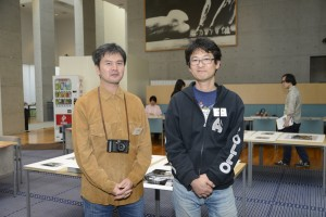 1995年度収蔵の稲垣徳文さんと北野謙さん。20年ぶりの再会。