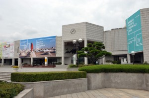フォト・ビエンナーレ会場のテグ・カルチャー&アート・センター
