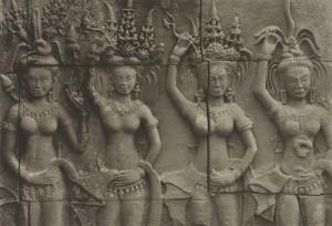 井津建郎《アンコール#88、アンコール・ワット、カンボジア》1994年 プラチナ・プリント、当館蔵